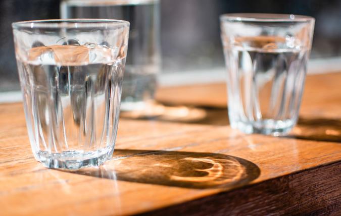 ta bort fluor i dricksvatten
